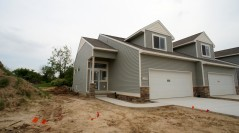 Building 18 in the Trails of Sierrafield – 6 Chestnut Condos